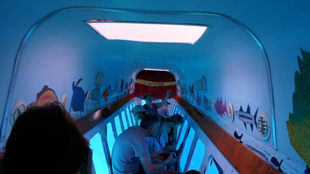 Argot de barco con fondo de cristal