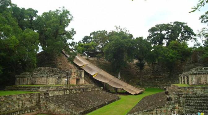 Escalinata parque arqueologico copan ruinas